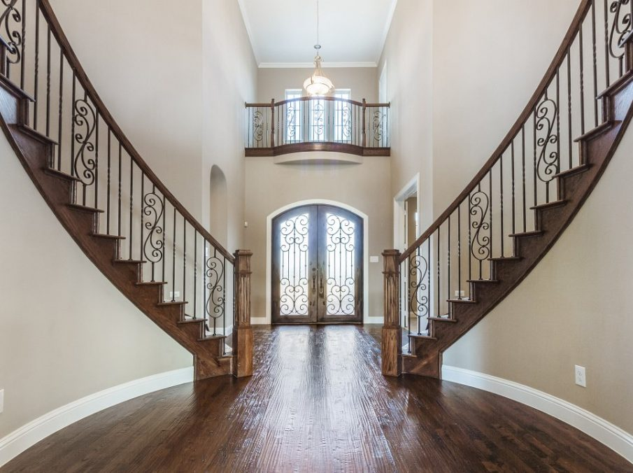 Landon Homes new home builder 433 Montrose Entry with staircase