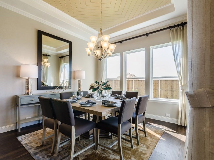 450 Maddison Breakfast Nook