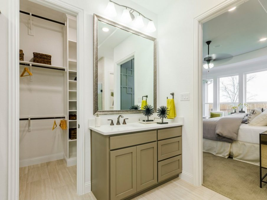 Landon Homes new home builder 433 Montrose Master Bath vanity