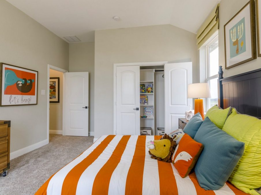 Landon Homes new home builder 432 Carrington Kids Bedroom Orange Stripes