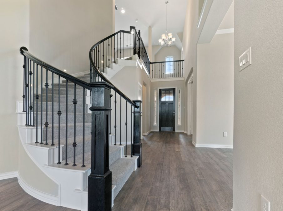 New Home Builder Landon Homes 5901 Southlake Entry and Staircase