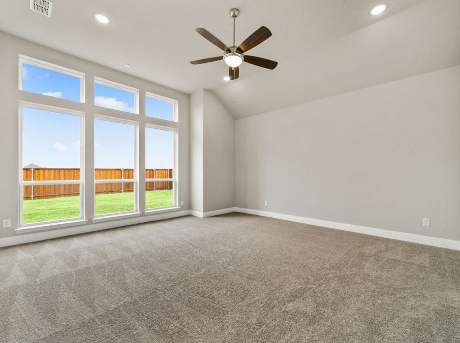 New Home Builder Landon Homes 600 Richmond Master Bedroom