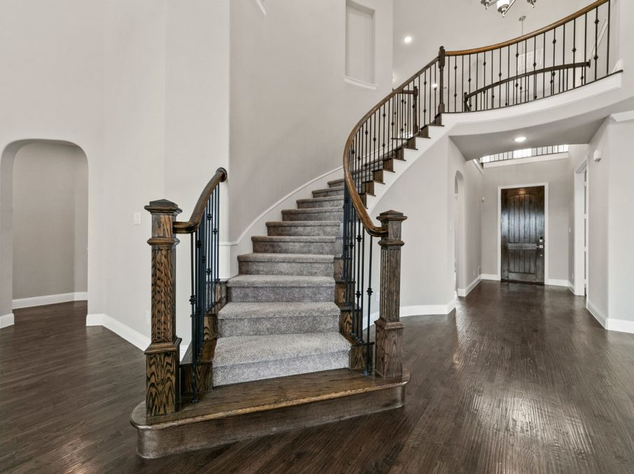 New Home Builder Landon Homes 600 Richmond Staircase