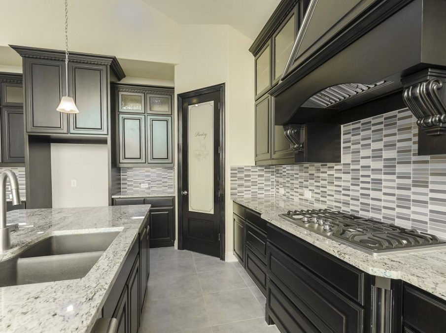 795 Landonshire Landon Homes Kitchen Black Painted Cabinets