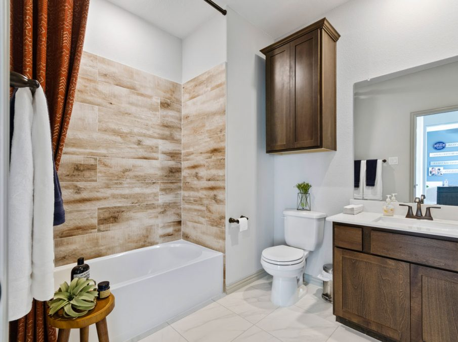 Landon Homes 5810 Sienna Model Argyle TX guest bathroom