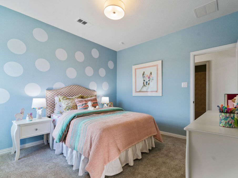 Landon Homes 5810 Sienna Model Argyle TX kids bedroom