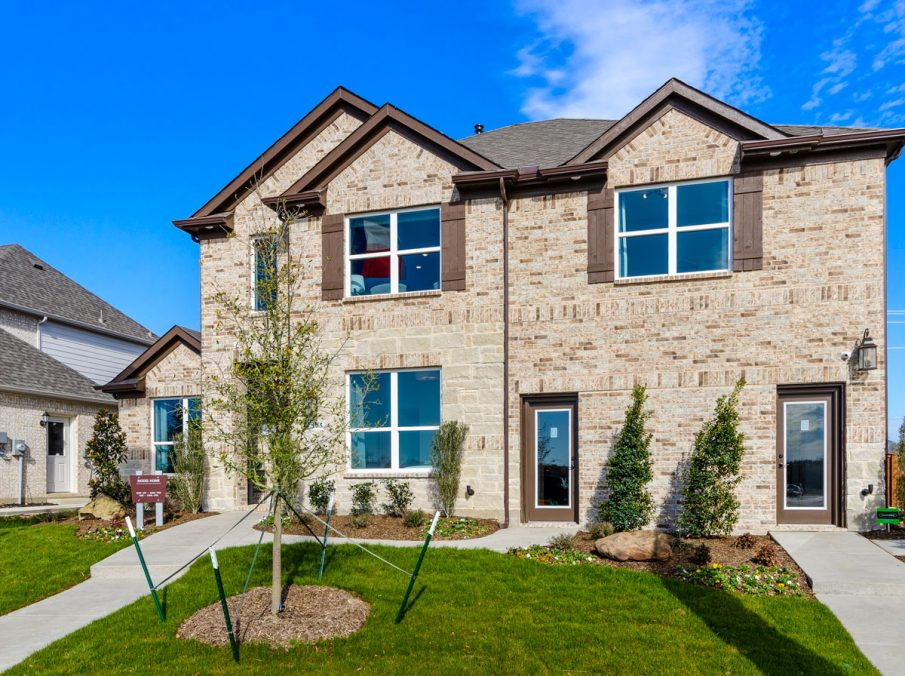 Landon Homes 5810 Sienna Model Argyle TX