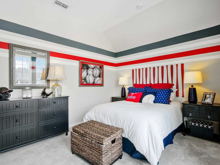 4655 Wellington Landon Homes Decorated Boys Bedroom with Red and Blue Stripe
