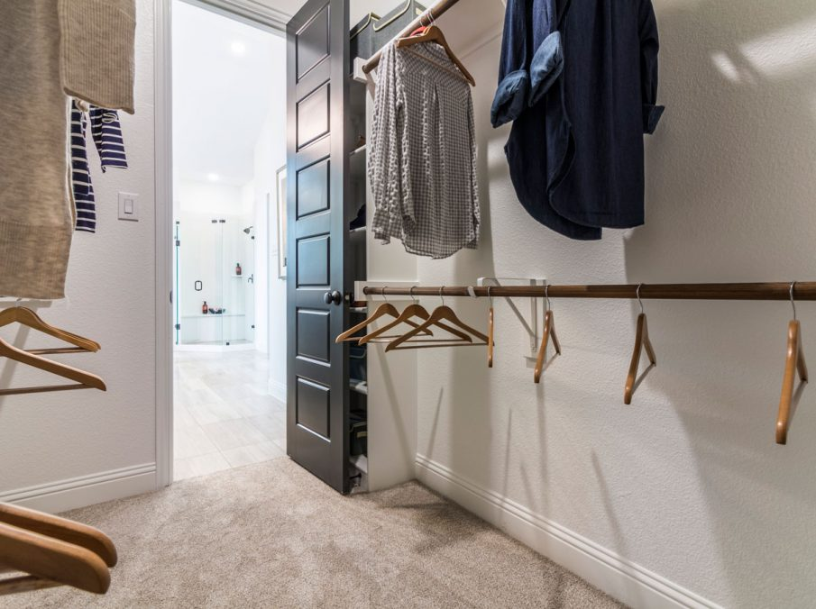 Landon Homes 675 Newbridge Master Walk-in Closet