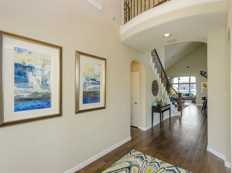 Landon Homes New Home Builder 185 Ridgecrest Hallway
