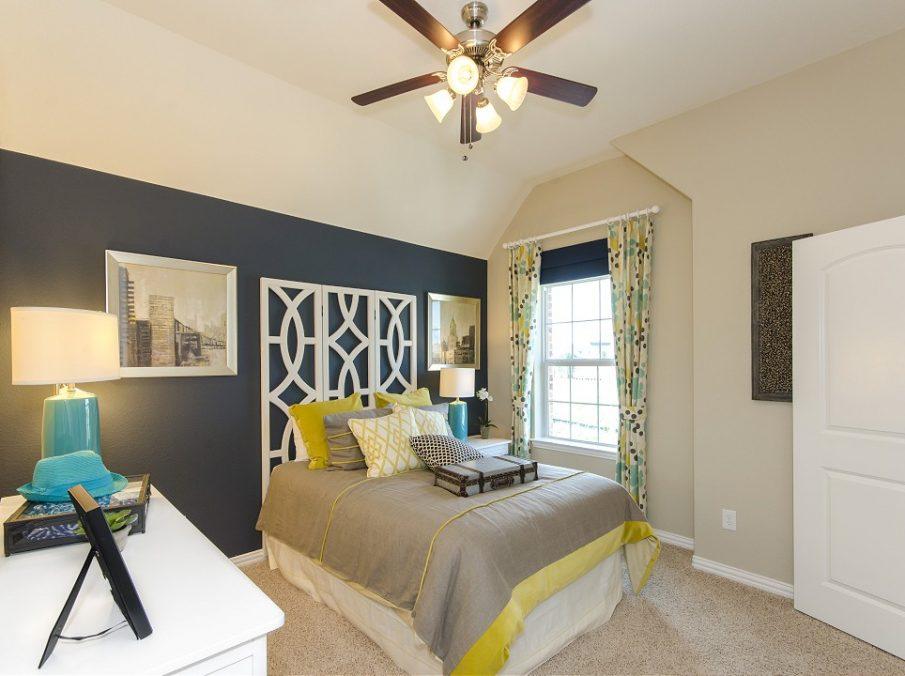 Landon Homes New Home Builder 185 Ridgecrest Bedroom