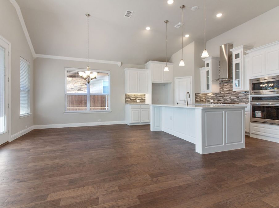 Landon Homes new home builder 515 Sherwood breakfast nook and kitchen
