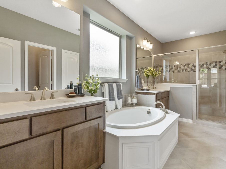 519 Bradley Collection by Landon Homes Master Bath