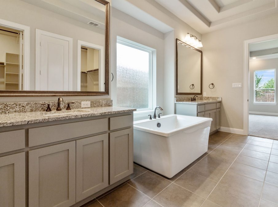 Landon Homes 716 Chesapeake III Frisco TX Master Bath