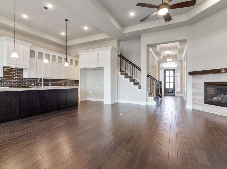 Landon Homes 716 Chesapeake III Frisco TX Family n Kitchen